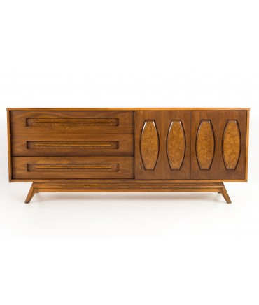 Young Manufacturing Mid Century Walnut Lowboy Dresser Credenza