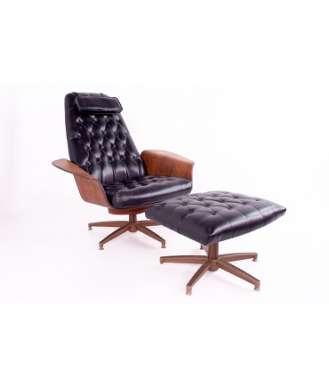 George Mulhauser for Plycraft Mid Century Modern Leather Mr. Chair with  Ottoman