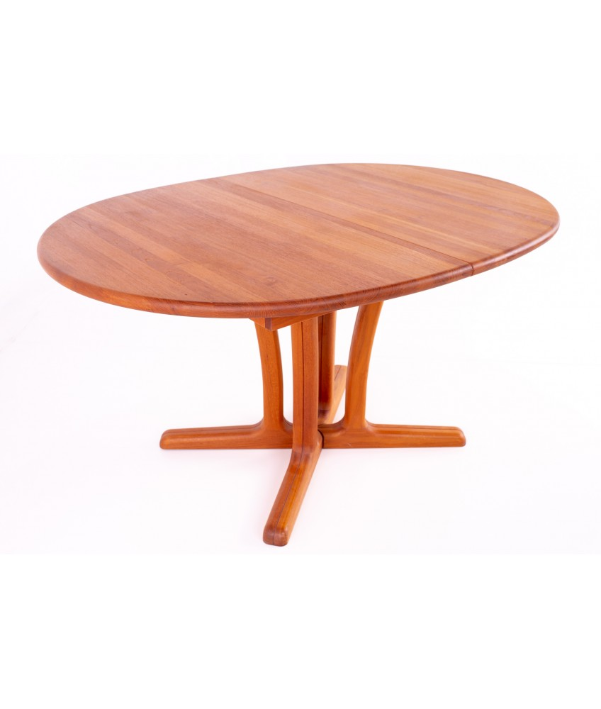 Dyrlund Mid Century Teak Expanding Round 8 Person Pedestal Base Dining Table