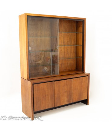 Merton Gershun for Dillingham Mid Century Bookmatched Walnut China Cabinet