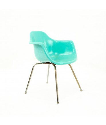 Eames Style Krueger Metal Products Mid Century Green Fiberglass Shell Chair