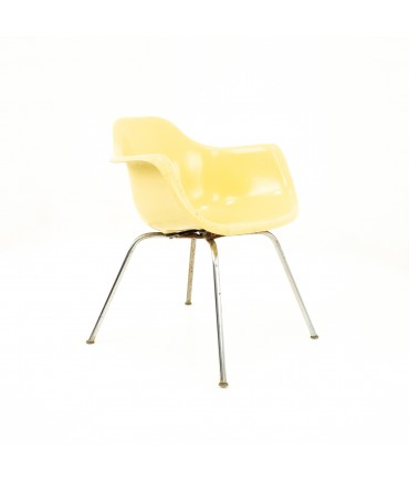 Eames Style Krueger Metal Products Mid Century Yellow Fiberglass Shell Chair