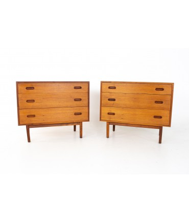 Jack Cartwright for Founders Mid Century 3 Drawer Dresser Chests - A Pair