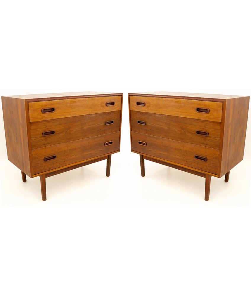 Jack Cartwright For Founders Mid Century Modern Danish Style 3 Drawer Chest Of Drawers Matching Pair