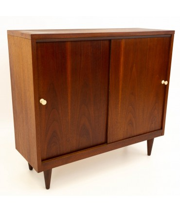 Crescent Furniture Mid Century Walnut Console Media Cabinet