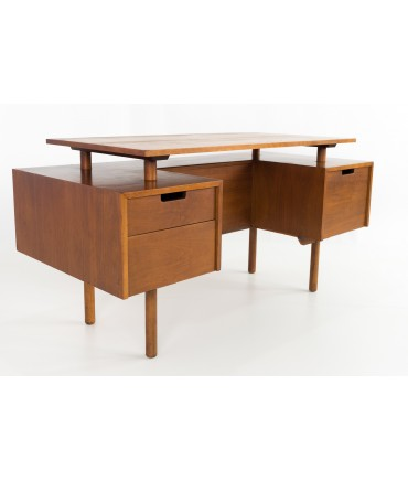 Milo Baughman for Glenn of California Mid Century Floating Double Sided Desk with Display Shelf